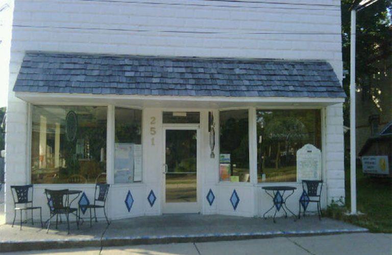 Village Ice Cream Cafe 768x499